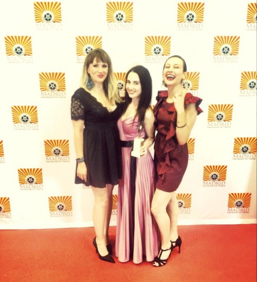 With my girls on the red carpet after winning the big award!